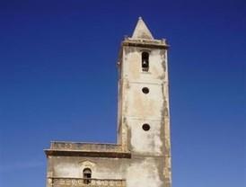 Pintadas satánicas en la Iglesia de Las Salinas en el Cabo de Gata