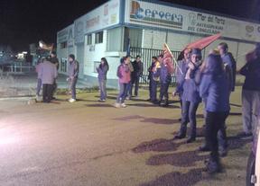 La patronal regional asegura que menos del 5% de las empresas secundaron la huelga
