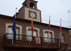 Villasequilla pone la bandera europea a media asta como protesta por la sentencia de Estrasburgo