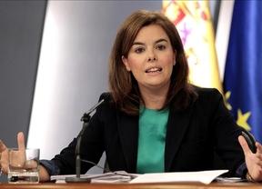 La vicepresidenta bromea sobre las nuevas 'cuotas de poder' de la Moncloa