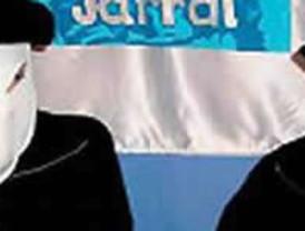 Zapatero comparece para explicar la 'crisis' en un país empobrecido