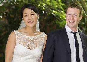 Después del 'sí quiero' a Nasdaq, Zuckerberg se casa con su novia de siempre: Priscilla Chan