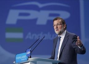 Rajoy vuelve a 'apoyarse en sus bastones' de recuperación y empleo para pedir el voto en Andalucía