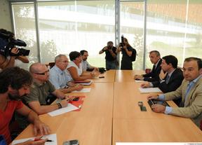 PP y PSOE discrepan sobre la forma de actuar en torno a Teletech