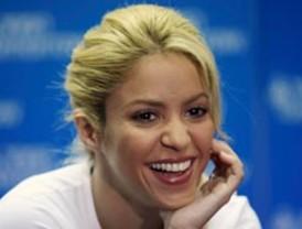 Shakira negó planes de cantarle al presidente checheno