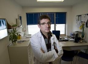 Nuevo 'recortazo' a la salud catalana: los médicos de familia harán de especialistas con guías