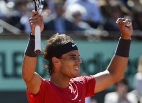 Nadal, al rescate: supera a Djokovic, a la lluvia y conquista su séptimo Roland Garros