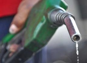 La gasolina a precios del 2011: baja hasta un 2,8% en la semana y se sitúa en 1,352 euros