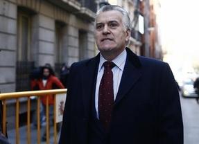 El 'no' retorno del ex tesorero: Luis Bárcenas pide reincorporarse al PP y 'Génova' lo rechaza