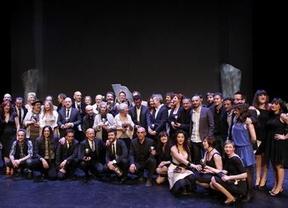 Los Premios Max, igual que los Goya, sirven de alegato contra la resignación y a favor de la cultura