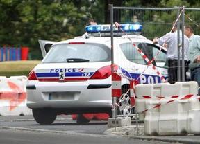 Un hombre que dice ser de Al Qaeda tomó 4 rehenes en Toulouse