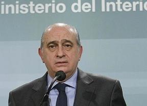Interior declara la guerra a los 'escraches' a políticos
