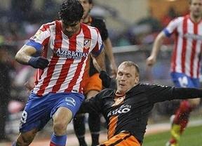 Empatando bajo la lluvia: Atlético y Valencia quieren pero no saben ganar (1-1)