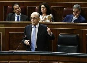 Montoro pide no levantar 'sospechas' sobre Hacienda y aclara que no ha afectado al 'caso Urdangarín'