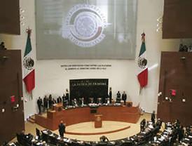 Gobierno acepta aumentar 11% a los salarios y la COB realizará consulta a sus bases