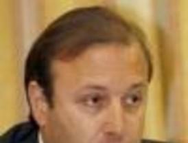 El jefe de la Policía Federal argentina visita España