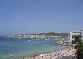 Sin sorpresas en los destinos más solicitados este verano: Tenerife e Ibiza