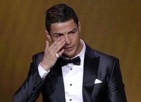 Cristiano Ronaldo gana el Balón de Oro 2013 sin títulos pero con goles... ¿le parece justo?