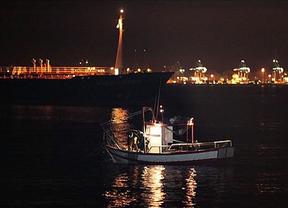 Máxima tensión: ejército británico y Guardia Civil se enfrentan con sus patrulleras en aguas de Gibraltar