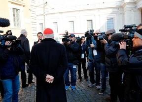 Cónclave: a no ser que haya Papa, la primera fumata negra se espera este martes sobre las 20h