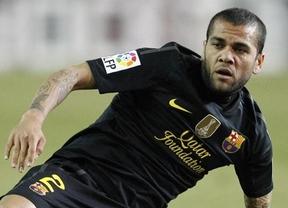 Alves quiere seguir en el Barça: