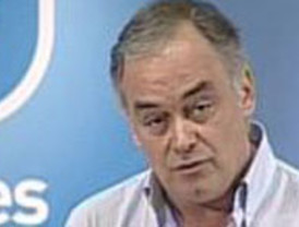 González Pons pide a Zapatero que se vaya 'a descansar' y deje el Gobierno