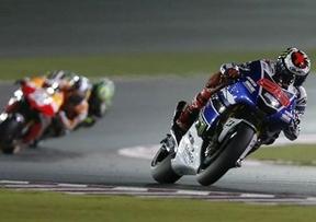 Mejor, imposible: Lorenzo cierra un triplete de victorias españolas en el GP de Qatar