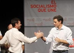 Tomás Gómez se alinea con Pedro Sánchez para cambiar la fecha de las primarias