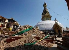 Desciende a 13 el número de españoles que permanecen sin localizar en Nepal