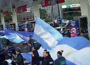 Vuelve el acoso a YPF (Repsol): Argentina ordena bajar el precio del combustible de aviones