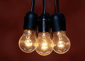 La factura de la luz sube este lunes un 1,2% para unos de 22 millones de hogares