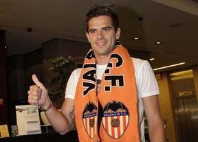 El Madrid coloca varios años después al eterno descarte Gago, que jugará en el Valencia