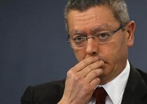 Un hijo de Gallardón, ¿al estilo Aguirre?: denunciado por darse a la fuga tras una colisión en el centro de Madrid