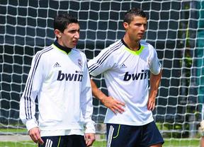 Champions: Ronaldo y Di María, que entrenaron con normalidad, serán titulares mañana en Dortmund ante el Borussia