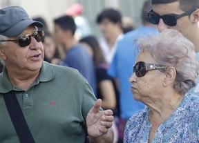 Críticas a las políticas del PP que suben los medicamentos de pensionistas un 1,5% y las pensiones