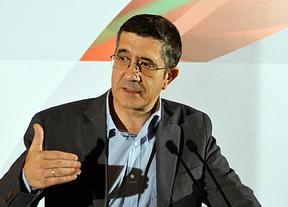 Patxi López hace autocrítica y pide al PSOE