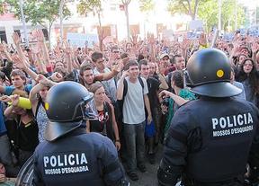 Los acusados de asediar el Parlament de Cataluña, absueltos
