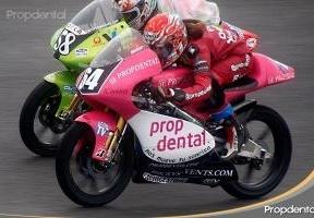 Propdental, presente en el Campeonato de España de Velocidad con la joven piloto Sara Sanchez