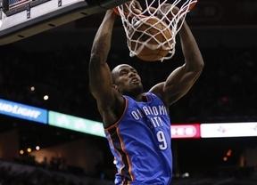 Otro español que puede ser campeón de la NBA: Ibaka y 'sus' Thunders igualan la serie con los Spurs