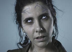 La solución a la crisis económica ha llegado con la obra de teatro más original y actual: 'Banqueros vs zombis'