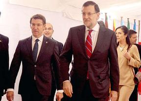 Feijóo espera un cierre de filas con Rajoy y coincide en que no tocan cambios