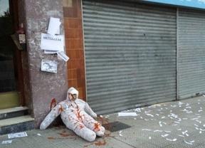 Nuevos actos intimidatorios contra el PP en Euskadi: sangre simulada y pintadas de