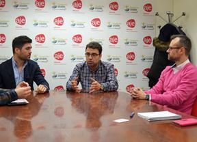 El candidato socialista renunciará a la Alcaldía de Albacete si incumple su programa electoral