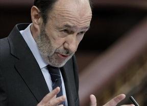 Rubalcaba pide a Rajoy, en el vacío, 'un gran acuerdo nacional' sobre política económica