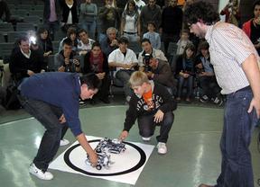 IV Competición de Robótica en el campus de Ciudad Real con un concurso de humanoides como novedad
