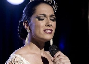 La vida de Isabel Pantoja en clave rosa se estrena este lunes en la serie 'Mi gitana'