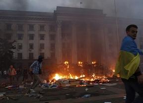 Cerca de 50 muertos en la guerra civil de Ucrania mientras el Gobierno aumenta su dura ofensiva militar contra los prorrusos