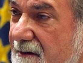 Mayor Oreja carga contra el PSOE por 'abrazar la cultura de la muerte'