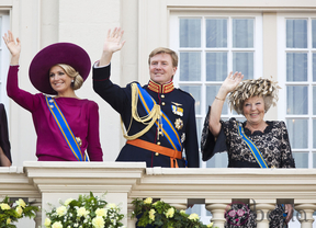 La abdicación de Beatriz de Holanda: ¿un motivo más de presión para el Rey?