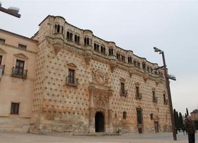 El Archivo Histórico de Guadalajara prepara un homenaje al Palacio del Infantado